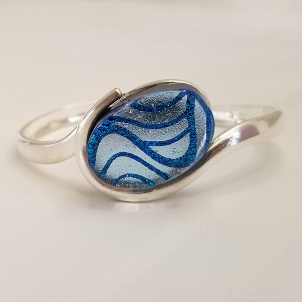 Blue Wave Oval Bracelet